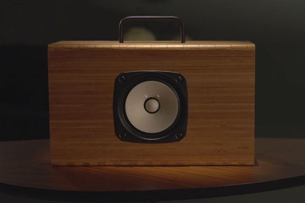 Blueshift-Helium-Portable-Speaker-1
